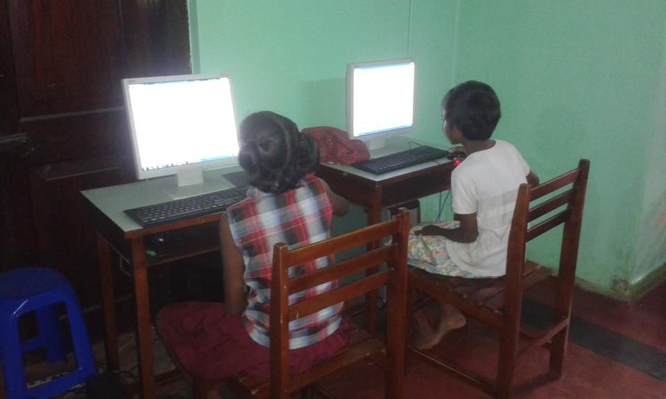 Niu00f1as-orfanato-computaciu00f3n