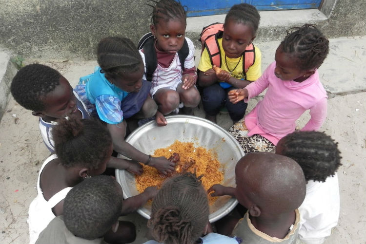 Comedor escolar en Cachouane, Senegal » Kukumiku Crowdfunding