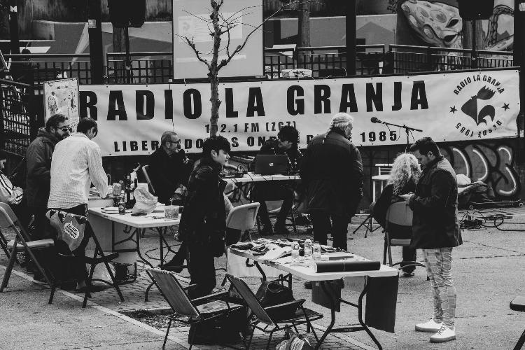 radio-en-la-calle